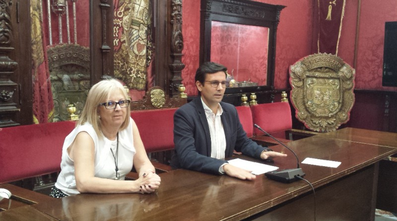 PSOE Francisco Cuenca Reprobación alcalde de Granada José Torres Hurtado