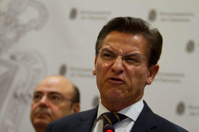 luis salvador crisis de gobierno en el ayuntamiento de Granada